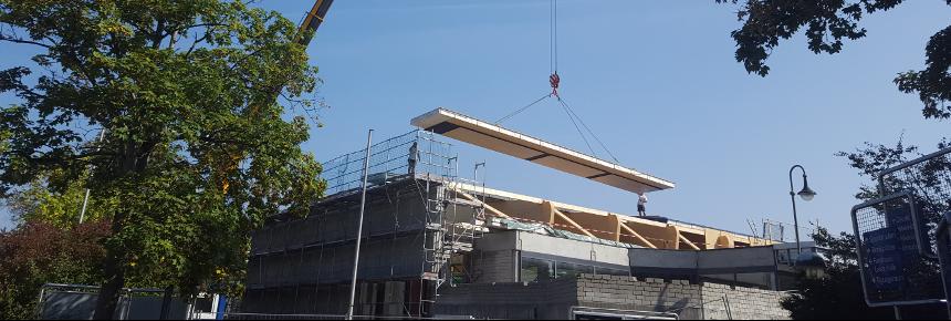 FLH - Das neue Dach nimmt Gestalt an